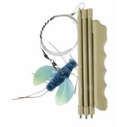 Katzenangel mit blauem Käfer