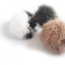 Fellball (Kaninchen) - Katzenspielzeug aus Fell